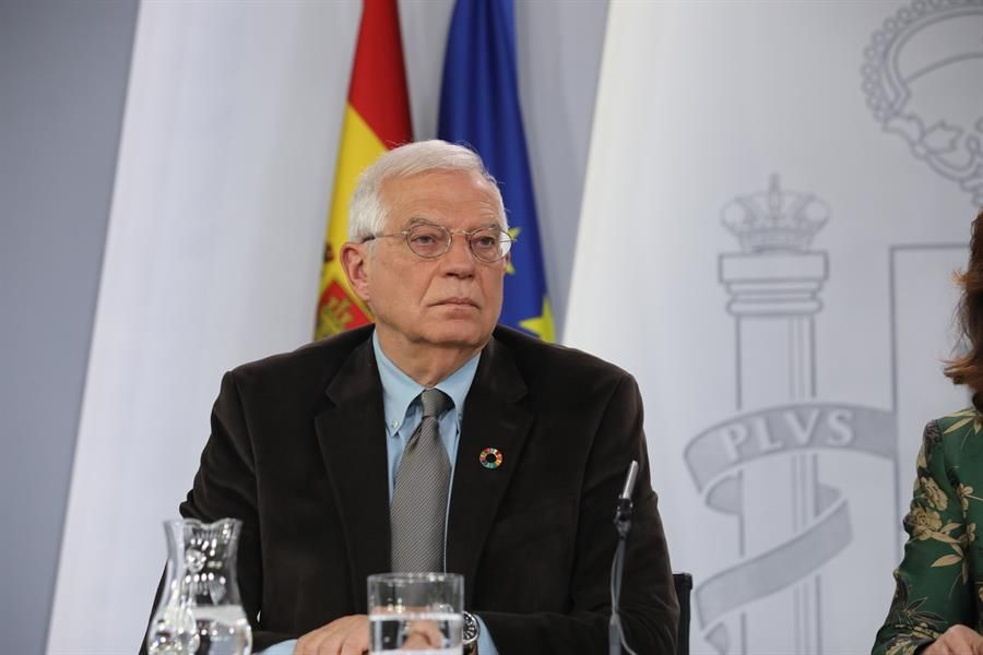 España estudiará acoger a ministros chavistas si desertan